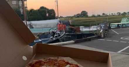 Papa Bianco pizza
