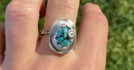 Jenni Rogers turq flower ring