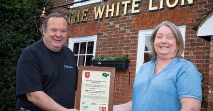 White Lion licensees Dave Thompson and Karen Johnson